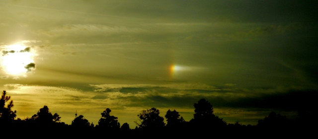 Rainbow through hole in the clouds, Early November ⓒBearspawprint2014